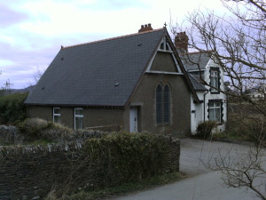Llanfabon_Chapel_and_house
