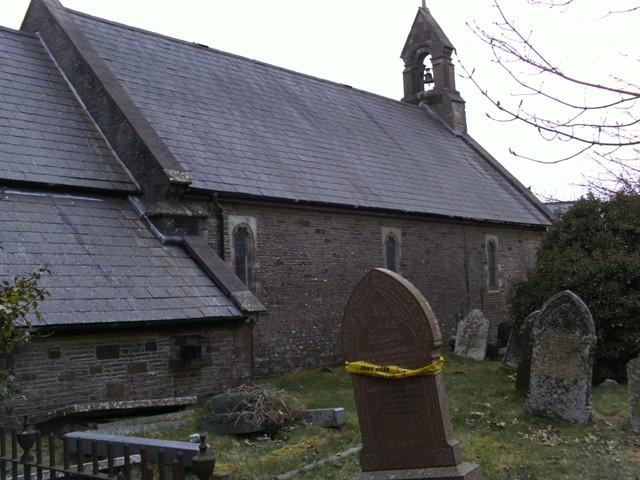 Llanfabon_church_and_graveyard