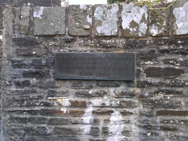 Memorial_stone_llanfabon