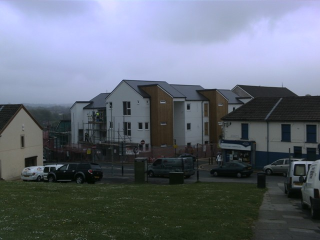 New_Buildins_Square_Treharris