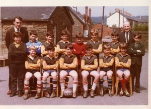 School_team_trelewis_1965