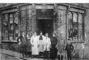 Treharris_Co_operative_early_days