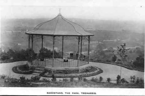 Treharris_TheBandstand_MrsThomas_Repaired_small_as