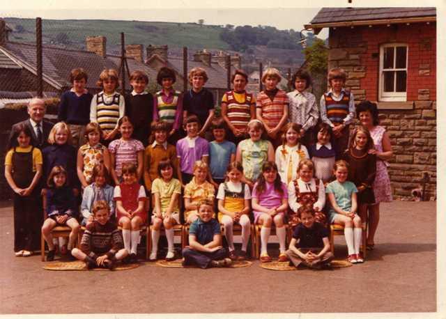 Trelewis_School_1974_APPROX
