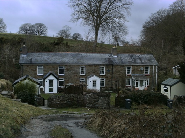 pandy_cottages_Trelewis_2009