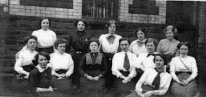 treharris_girls_school_1914.jpg_staff