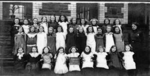 treharris_girls_school_1914.jpg_standard_3a