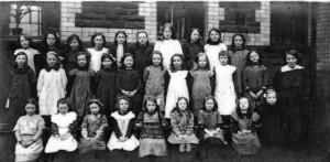 treharris_girls_school_1914.jpg_standard_3b