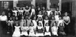 treharris_girls_school_1914.jpg_standard_4b