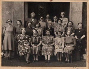trelewis_ladies_1943_edit